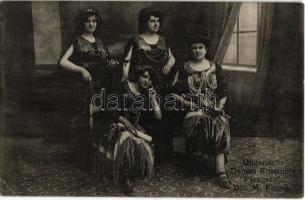 Ungarische Damen-Ensemble Fáragató. Dir. M. Kocsis / Hungarian women (female) music band