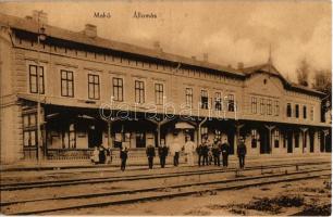 Makó, vasútállomás, vasutasok