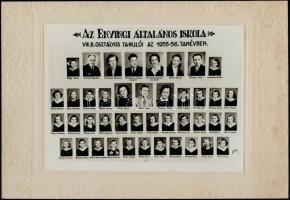 1956 Enyingi Általános Iskola tanárai és végzett növendékei, kistabló nevesített portrékkal, 17,5x23,5 cm, karton 24x34 cm