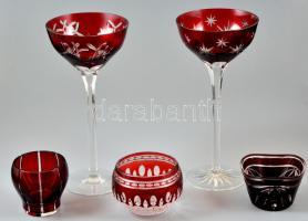 Ajka kristály üveg tétel: talpas díszpohár (2 db), tálkák (3 db), csiszolt, jelzés nélkül, hibátlan, m:6-25 cm