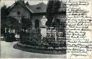 1913 Budapest XII. Zugliget, Labanc úti gazdasági, háztartási és elemi iskola, Ferenc József szobor. A Budapest-Zugliget és vidéke című Útmutató-ból (EK)