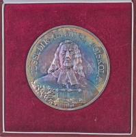 Csóka Zsuzsa (1962-) 2002. Tessedik Sámuel Főiskola ezüstözött fém emlékérem, hátoldalán névre szóló gravírozás (70mm) T:1- patina