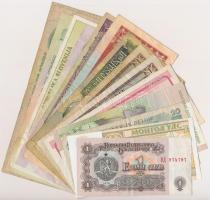 Vegyes 14db-os külföldi bankjegy tétel a világ minden tájáról T:III,III- Mixed 14pcs of mixed foreign banknote lot from all around the World C:F,VG