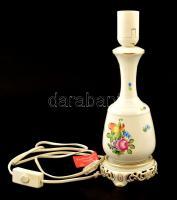 Herendi virágmintás porcelán lámpa, jelzett, kézzel festett, kis kopásnyomokkal, m: 30 cm