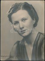 1939 Hölgyportré Wejel-féle műteremből, 24×18 cm