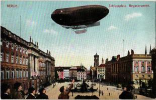 Berlin, Schlossplatz, Begasbrunnen / square, fountain, airship