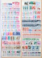 1928-2002 3.100 db bélyeg 10 lapos nagyméretű berakóban, sok sorral és záróértékkel