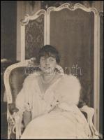 cca 1925 Révész és Bíró budapesti fényképészek felvétele, pecséttel jelzett, vintage fotó, 24x18 cm