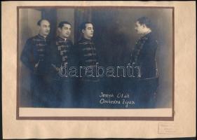 cca 1920 Joseph Oláh - Orchestra Zigan, kartonra ragasztott fotó, 14×22 cm