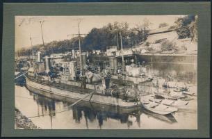 cca 1920-1930 Szeged őrnaszád és csatahajó reflektorral, albumlapra ragasztott fotó, 2 db, 8,5×13,5 cm