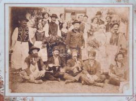 1914 Gyékényes, mulatozó társaság kartonon 29x22 cm