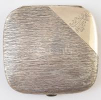 Díszes ezüst (Ag.) cigarettatárca, Nyírő Gyula orvos monogramjával, jelzett, 9×9×1,5 cm, nettó 99 g