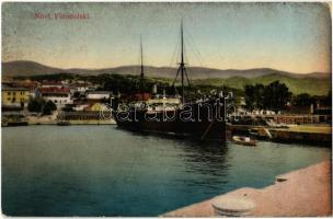 1918 Novi Vinodolski, Novi, Novoga; kikötő gőzhajóval. M. Baran 826. Wilhelm Berger Fotograf / port with steamship, steamer (kopott sarok / worn corner)