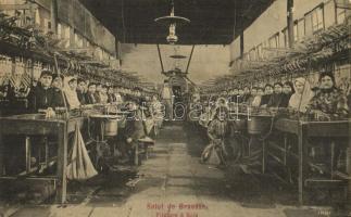 Bursa, Brusa, Brousse; Filature a Soie / silk spinning mill, interior with workers EK)