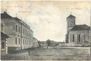 1910 Szepsi, Abaújszepsi, Moldava nad Bodvou; Kir. Járásbíróság, Római katolikus templom. Kiadja Davidovics Emil / district court, Catholic church (fl)