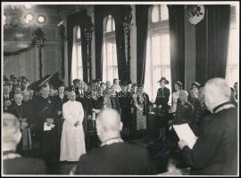 cca 1940 Ünnepség előkelőségek részvételével, köztük Teleki Pál, 2 db fotó, 17,5×23,5 cm