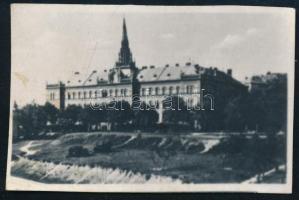 cca 1920 Budapest, XI. kerület ménesi úti Irgalmas Nővérek rendháza, előtte a beépítetlen Villányi út, fotó, 4x7 cm.