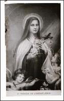cca 1900 Szent Teréz és a kis Jézus szentkép, üvegnegatív, a szélein ragasztott, modern tokban, 9x6 cm