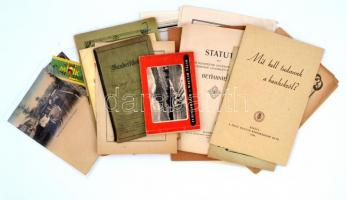 cca 1900-1960 vegyes papírrégiség tétel: nyomtatványok, reklámok