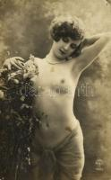 Erotic nude lady. Made in France, A. Noyer 4522. (pinholes)
