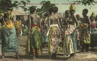 Afrique Occidentale, Dahomey, Jeunes féticheuses / indigenous women, nude, folklore from Benin (fl)