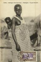 Afrique Occidentale, Sénégal, Type Ouolof / Wolof woman with her child, Senegalese folklore