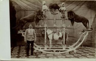 Carl Feldmann Dompteur / Circus Animal trainer. photo (small tear)
