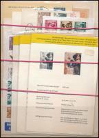 Ausztria gyűjtemény, benne sorok, önálló értékek, blokkok, borítékok, emléklapok, stb / Austria lot: sets, stamps, blocks etc.