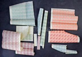 Kb 1.000 bélyeg ívdarabokban (néhány összepöndörödött)