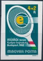 1982 Ifjúságért vágott bélyeg