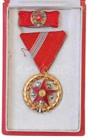 1964. Kiváló Szolgálatért Érdemrend aranyozott, zománcozott Br kitüntetés mellszalagon, miniatűrrel és szalagsávval, dísztokban T:1-  NMK.: 615
