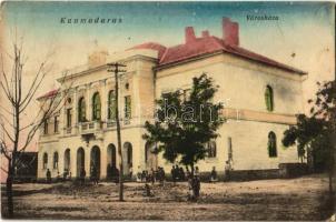 Kunmadaras, Városháza. Szeghalmy János kiadása