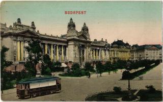 Budapest V. Tőzsde palota, BKVT villamosa
