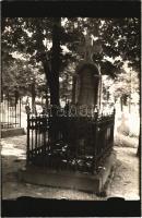 Budapest I. Tabán, Virág Benedek magyar költő sírja a temetőben. photo