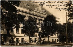 Gyula, M. kir. államrendőrség palotája, rendőrkapitányság (ragasztónyom / gluemark)