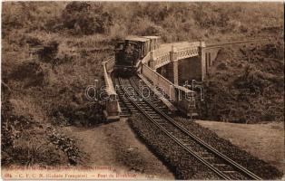 Conakry (Guinée Francais), Pont de Donkhéa / railway bridge with locomotive (EK)