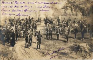 1907 Kecskemét, lovas huszárok. Gardi Imre photo (EK)