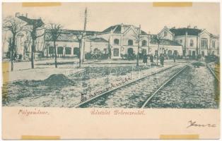 1899 Debrecen, pályaudvar, vasútállomás, építkezés, autóbuszok. Az eredeti fából épült indóház, ritka felvétel! / Bahnhof / railway station