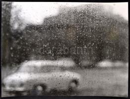 cca 1982 György Edit: Hangulat, feliratozott, vintage fotóművészeti alkotás, a magyar fotográfia avantgarde korszakából, 30x40 cm
