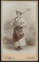 1901 Aussee, Michael Moser fényképész műtermében készült, vintage fotó, datálva, vizitkártya méretben, 10,6x6,5 cm