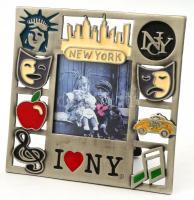 New York mintás, üvegezett képkeret, belső méret: 5,5×5,5 cm, külső méret: 11,5×12 cm