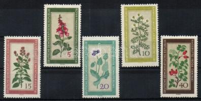 1960 Gyógynövények Mi 757-761