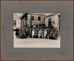 1928 Budapest, Schäffer udv. fényképész pecsétjével jelzett vintage fotó, 17x23 cm, karton 30x36 cm