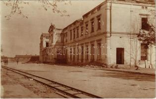 1918 Brody, Bahnhof / vasútállomás romokban / WWI railway station in ruins. photo (EK)