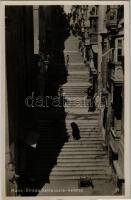 Valletta, Strada Santa Lucia / street view, shop