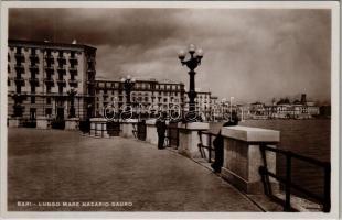 Bari, Lungo Mare Nazario Sauro / promenade. Ed. Cav. G. Lobuono N. 3059. Vera Fotografia
