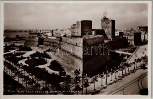 Bari, Castello Svevo (Monumento Nazionale) / castle. Ed. Cav. G. Lobuono N. 3057. Vera Fotografia