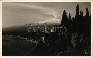 Taormina, Villa Falconara, Duca di Bronte / villa. Fotografia Artistica F. Galifi Crupi