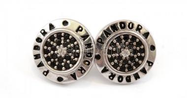 Ezüst(Ag) fekete köves fülbevalópár, Pandora jelzéssel, d: 1,2 cm, bruttó: 2,47 g