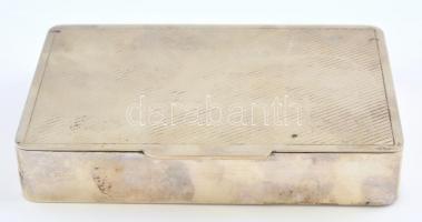 Ezüst(Ag) csíkozott tetejű doboz, jelzett, 10,5x15x2,5 cm, nettó: 331 g